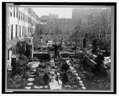 Title: Backyard gardens in New York City Other Title: Turtle Bay Gardens, 227-247 East 48 Street and 228-246 East 49th Street, New York, New York. View east to common garden Creator(s): Johnston, Frances Benjamin, 1864-1952, photographer Date Created/Published: [1920 fall] Call Number: LOT 12637-4 [item] [P&P]